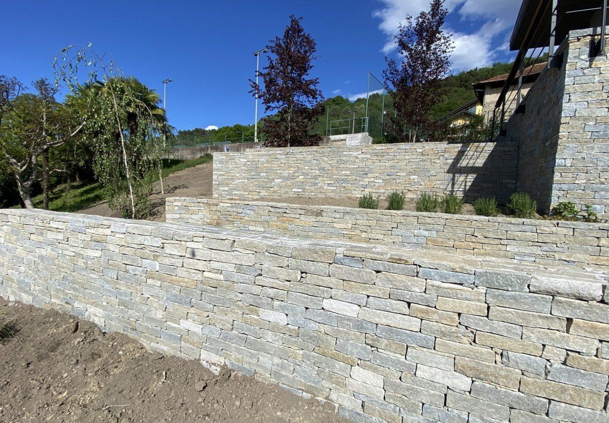 Villa Angera - Muretti in pietra